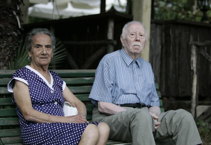 Pd, su anziani sorprende assessore