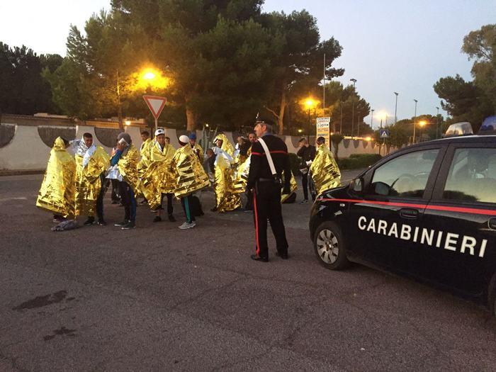 Migranti: 57 algerini giunti in Sardegna