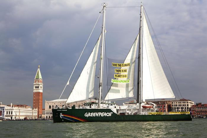 Greenpeace,al via tour 'accendiamo sole'