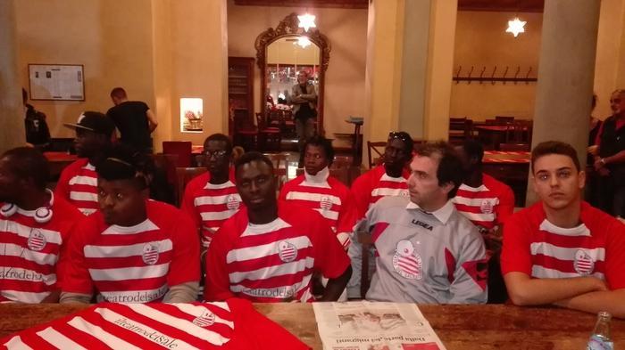 Squadra di calcio 'mista' per inclusione