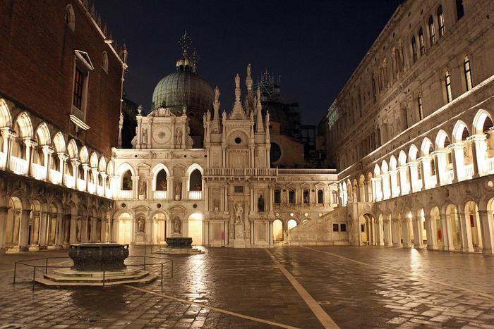 Dormire al museo, inizia Palazzo Ducale
