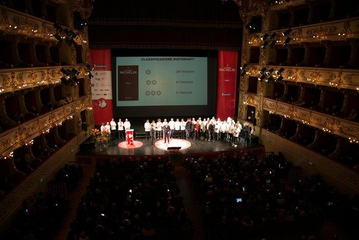 Guida Michelin, 8 '3 stelle' in Italia