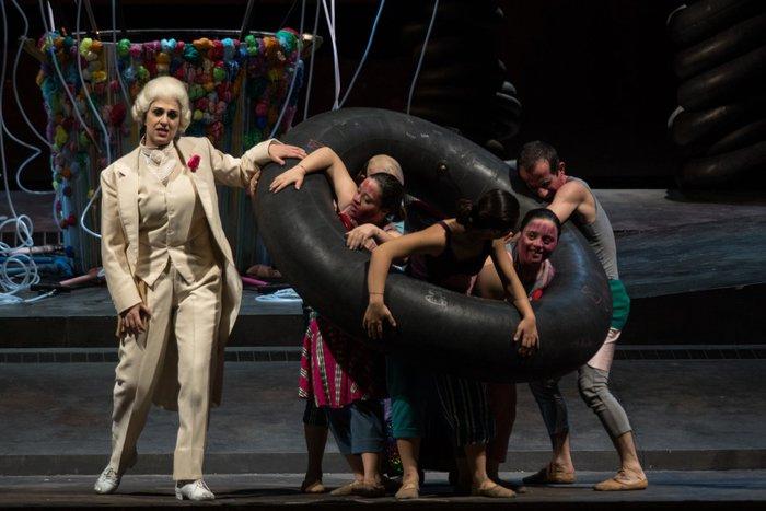 Teatro: compagnia ragazzi down al Massimo con 'Babbelish'