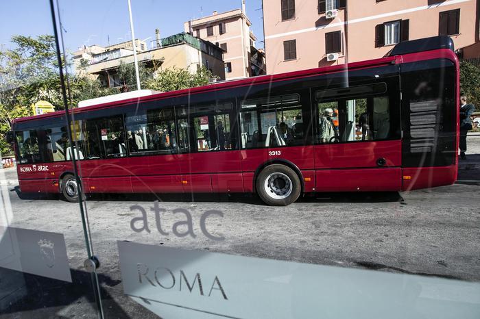 Altro autista atac aggredito lazio for Roma mobile atac