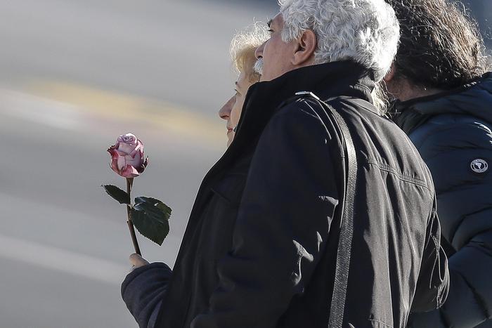 FOTO Berlino, rientrata la salma di Fabrizia: Mattarella conforta i genitori