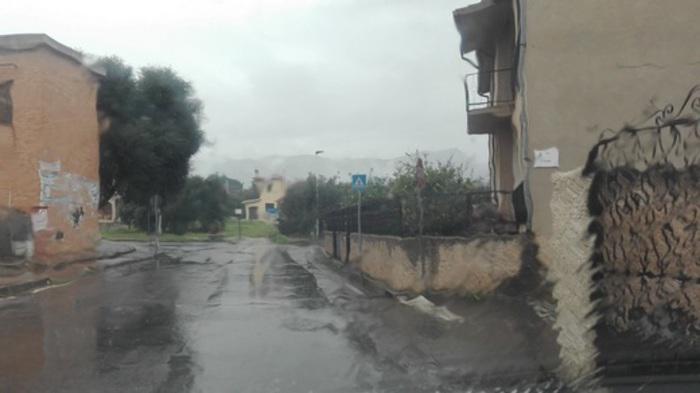 Bomba d'acqua su Sanluri,salve 3 persone