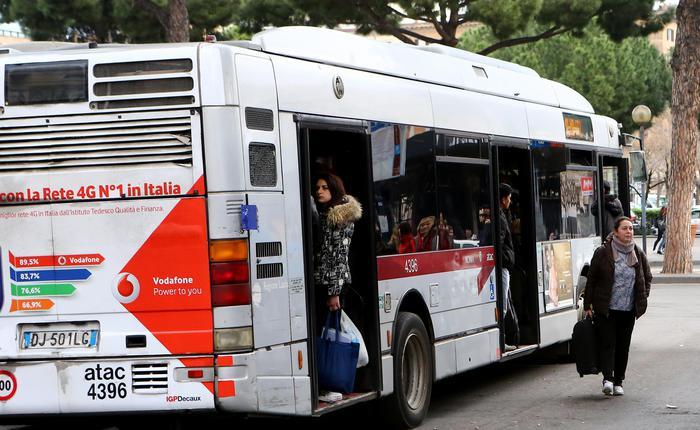 Cgil, trasporti gratis a cassaintegrati