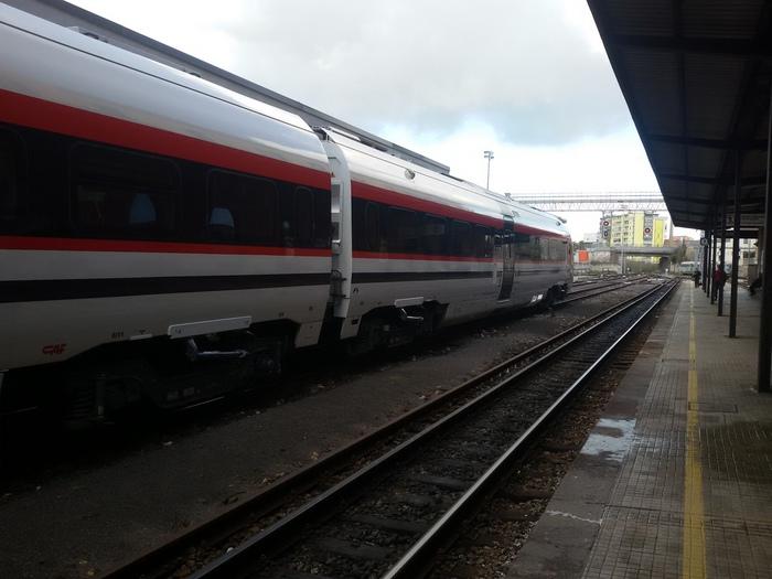Treni: cresce puntualità, +2,1%