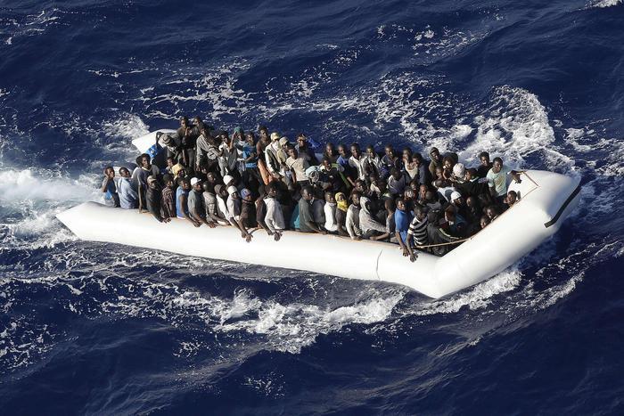Canale di Sicilia, soccorsi 750 migranti$