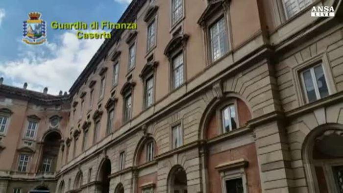 Reggia caserta affitti a 3 euro al mese italia for Affitti caserta arredati