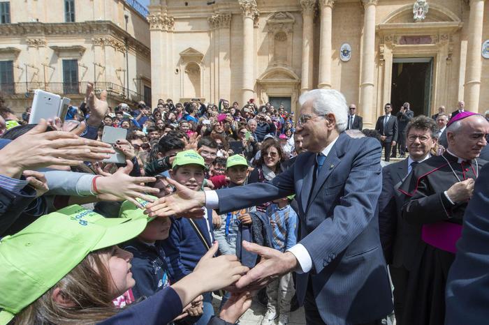 Noto, il presidente Mattarella visita la Cattedrale a 20 anni dal crollo$