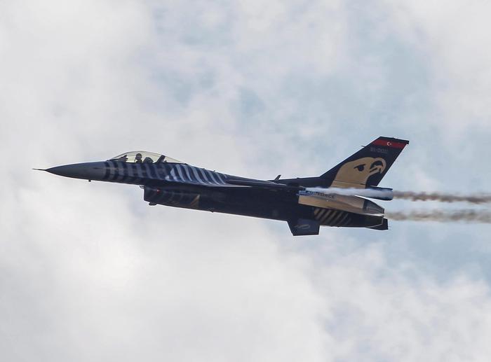 Siria:iniziata operazione militare turca con raid aerei