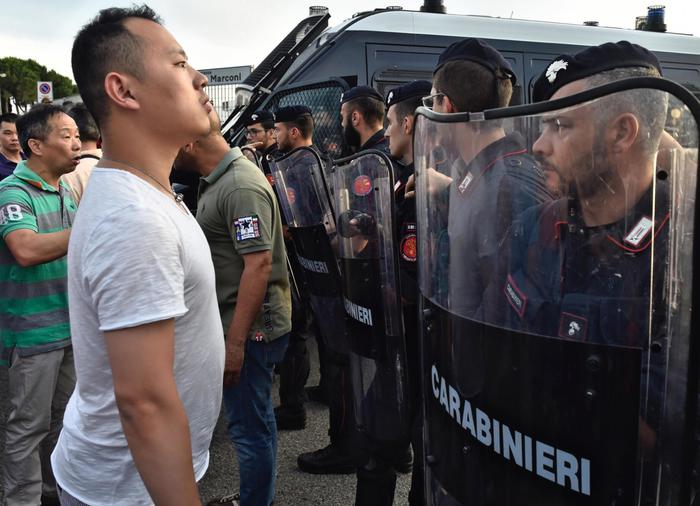 Dalai Lama a Milano, proteste dei cinesi