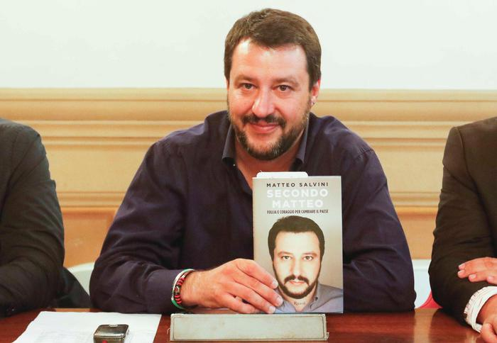 Referendum: Salvini, con no Renzi a casa