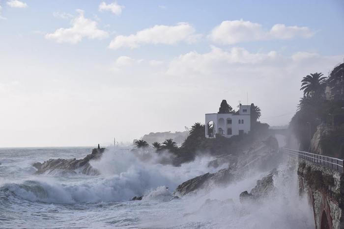 Allerta meteo per vento e mareggiate