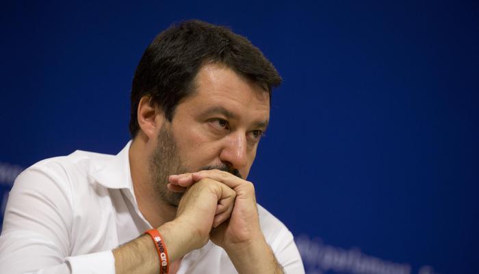 Salvini, Parisi sceglie lato sbagliato