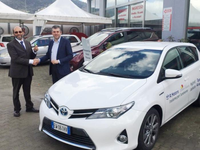 Utilizza l'auto del comune per fini privati, si dimette sindaco di Termini Imerese$