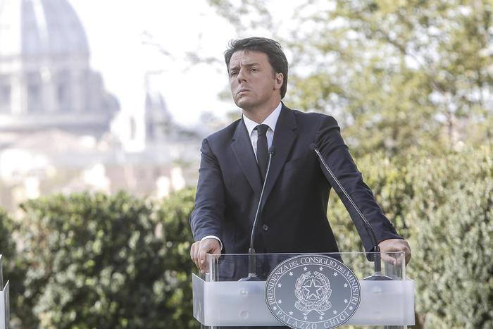 Renzi bene accademia apple a napoli ultima ora for Accademia moda napoli