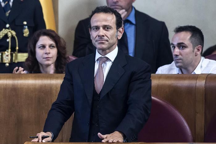 Minenna,dimesso per'deficit trasparenza'
