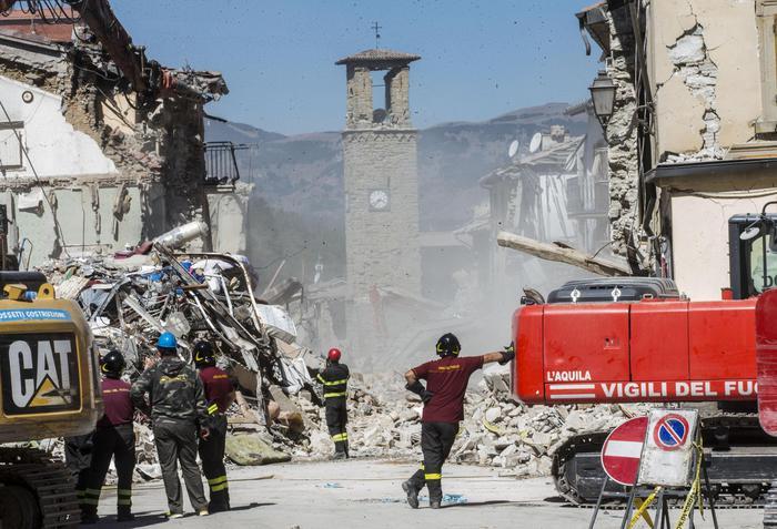 Esonero tasse Università studenti sisma