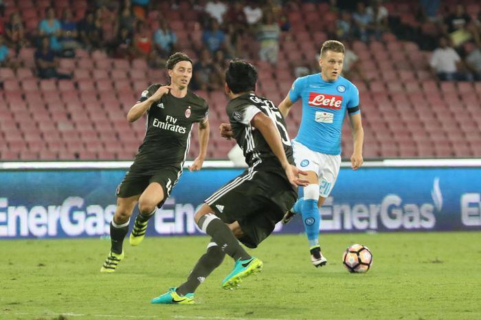 Zielinski, preferito Napoli a Liverpool