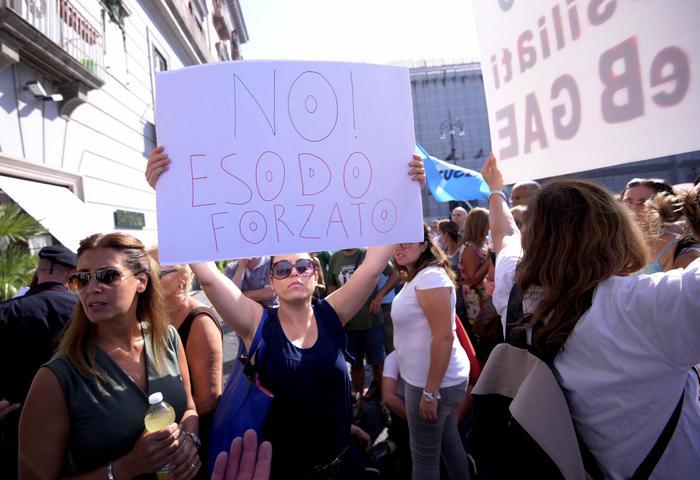 In Sicilia manifestazione contro
