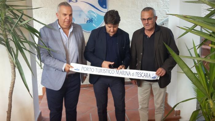 Camere commercio apre club house pescara calcio pianeta for Scuola di moda pescara