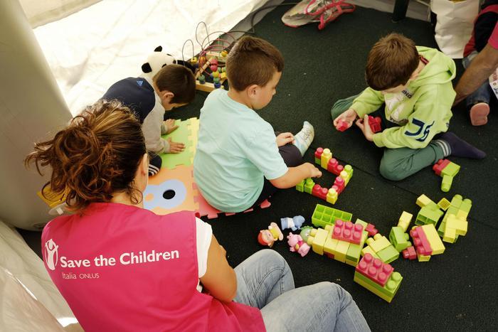 'Sciacalli'rubano giocattoli bimbi sisma