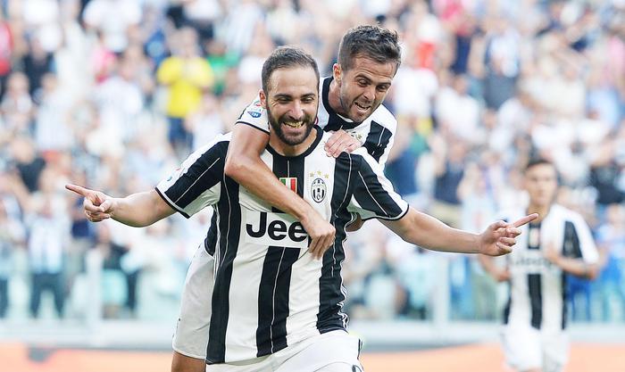 Higuain-Pjanic, Juve-Sassuolo 3-1