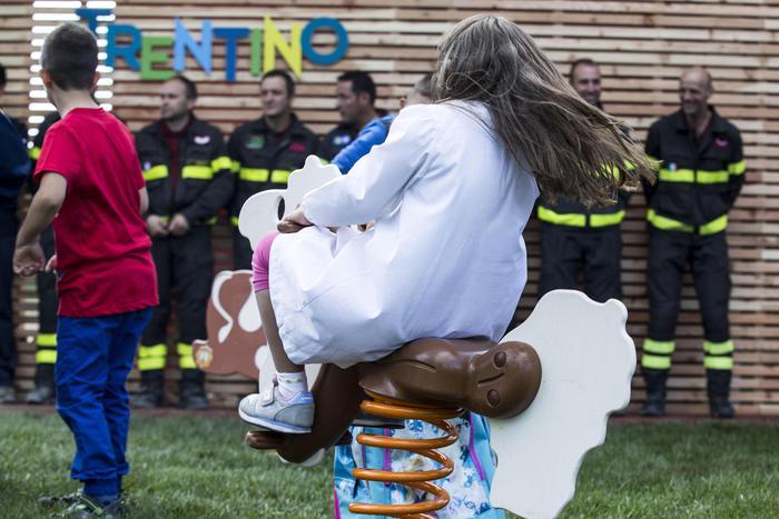 Terremoto, Amatrice torna a scuola, campanella per 170