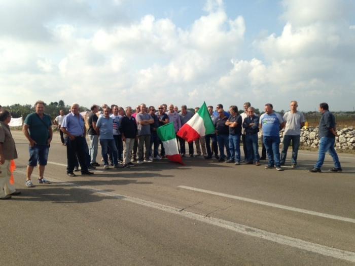 Protesta lavoratori ss275 Maglie-Leuca