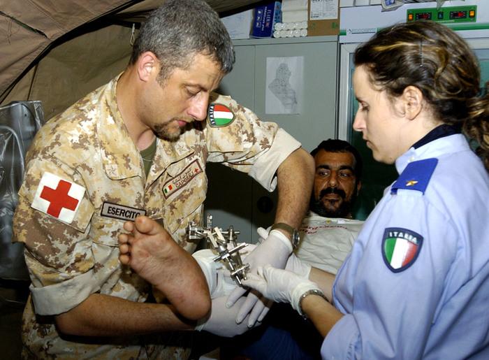 Libia:Pinotti,già arrivati nostri medici