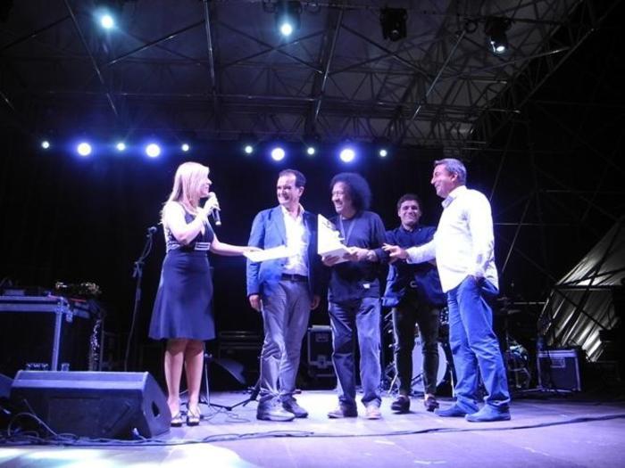 Migliaia a show Senese-Napoli centrale