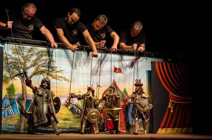 'Arrivano dal Mare!' con 50 spettacoli