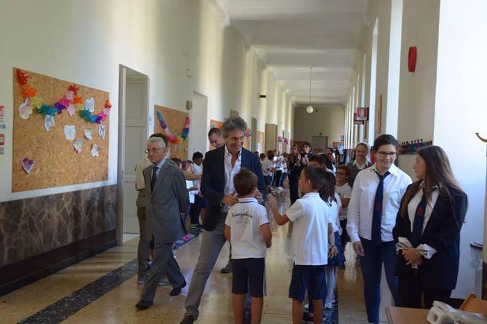 Tour nelle scuole del sindaco di Lecce