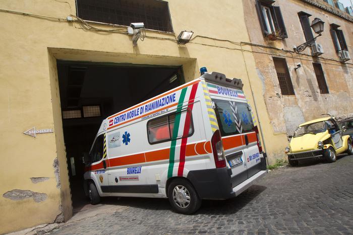 Scontro bus-Suv, un ferito