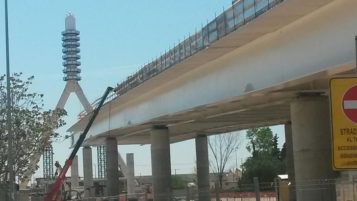 Inaugurazione del ponte a Bari con Renzi