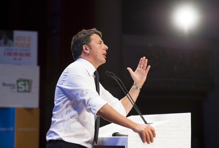 Renzi in Campania, al via la visita