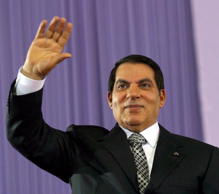 Tunisia: Ben Ali in una clinica saudita