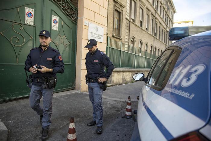 Spari a Torino, morto albanese