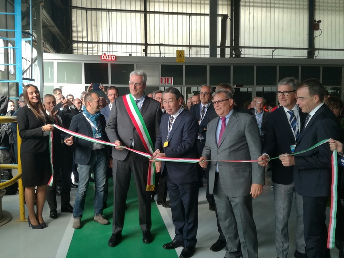 Agc flat glass nuovo forno a cuneo piemonte for Agc flat glass north america