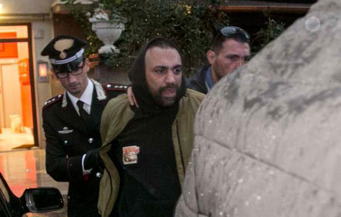 Troupe aggredita da Spada,Pg, modi mafia