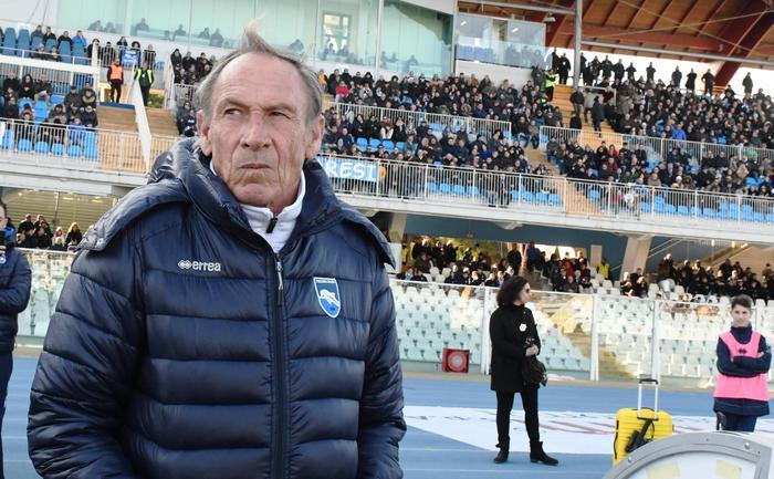 SERIE A Napoli e Roma tengono il passo della Juve, è Zeman show 0b182a788dc1438f43912f89aead89a1