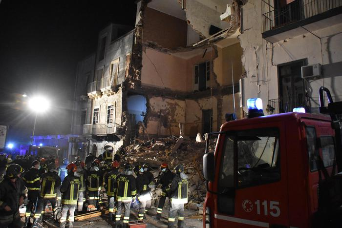 Crollo palazzina a Catania, c'è un indagato