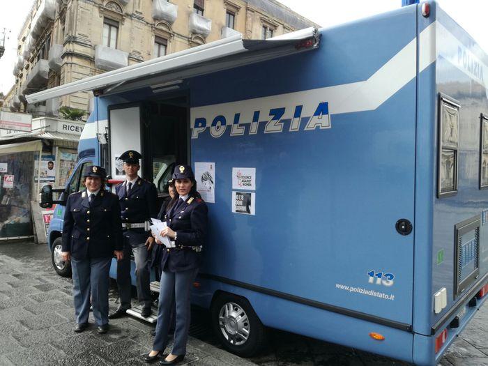 Catania, per 8 Marzo camper Polizia di Stato$
