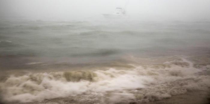 Uragano Maria riacquista forza, risale a categoria 3
