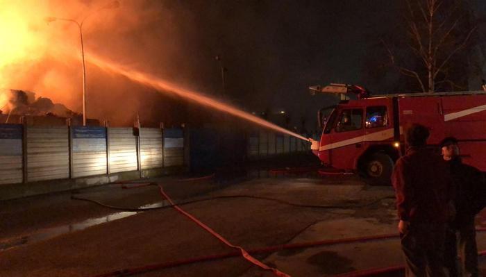 Incendio a Cairo Montenotte, livelli degli inquinanti in diminuzione