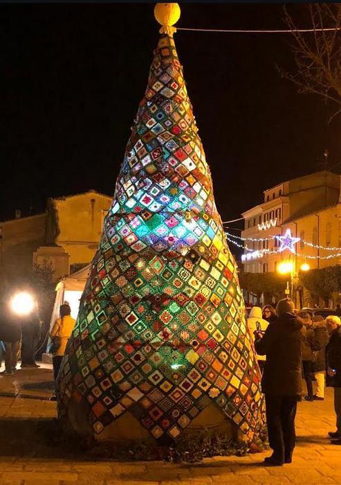 In Molise Albero Di Natale Alluncinetto Notizie Molise Ansait