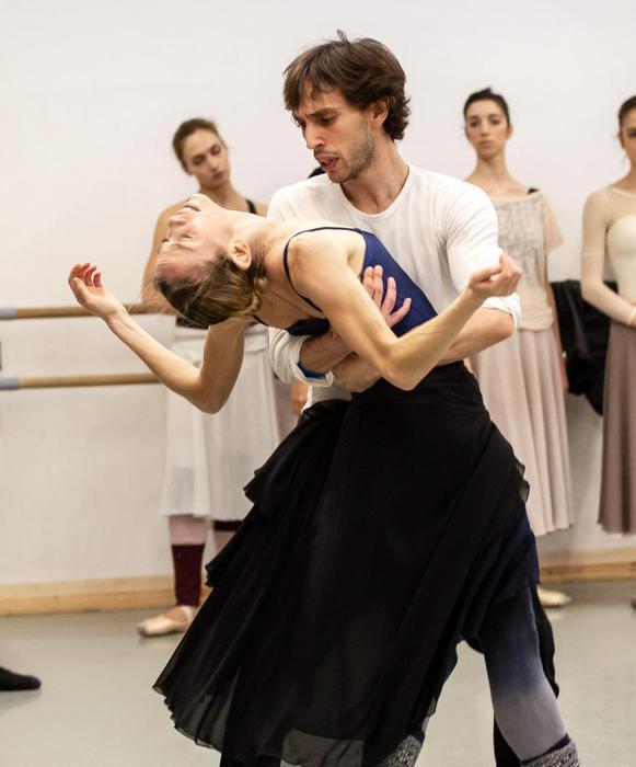Risultati immagini per Eleonora Abbagnato è Manon di MacMillan