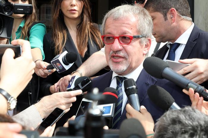Former Lombardy governor Maroni 1-yr ter - Agenzia ANSA